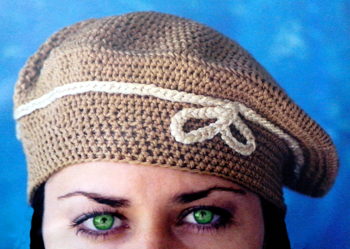 Boina clásica para Mujer en Tejido Crochet (Ganchillo) 86ee6b2c5b3