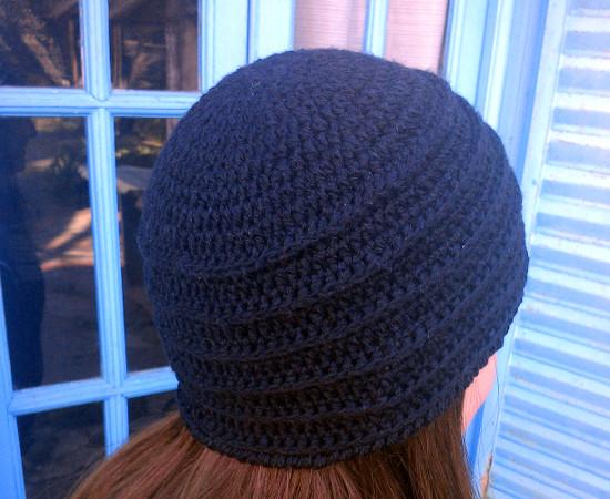 Gorro Negro Para Mujer En Tejido Crochet Ganchillo