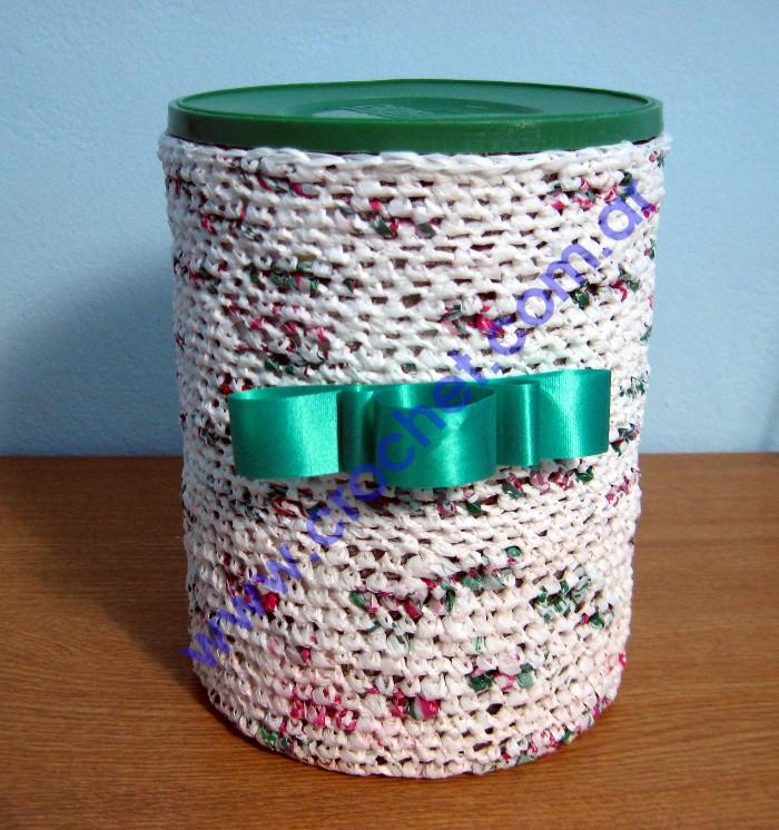 Lata Forrada En Tejido Crochet Con Bolsas Pl  Sticas Recicladas