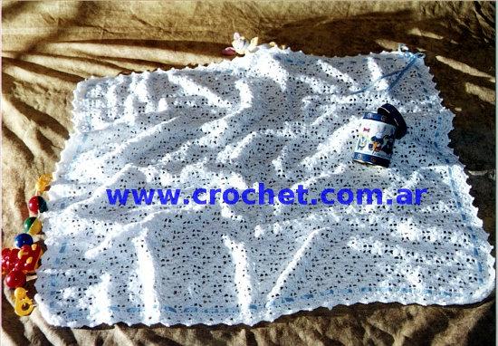 Manta para bebe en tejido crochet