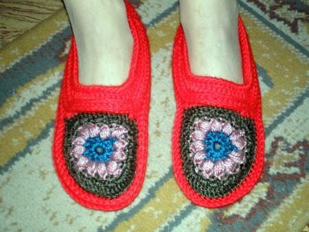Pantuflas con Flor en tejido crochet