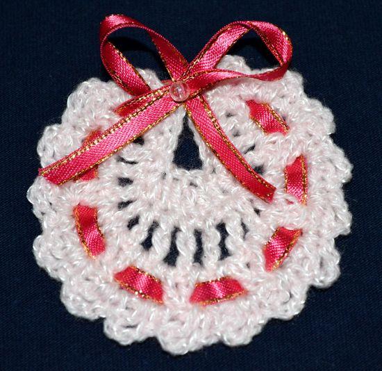 Souvenirs Modelo Babero en Tejido Crochet